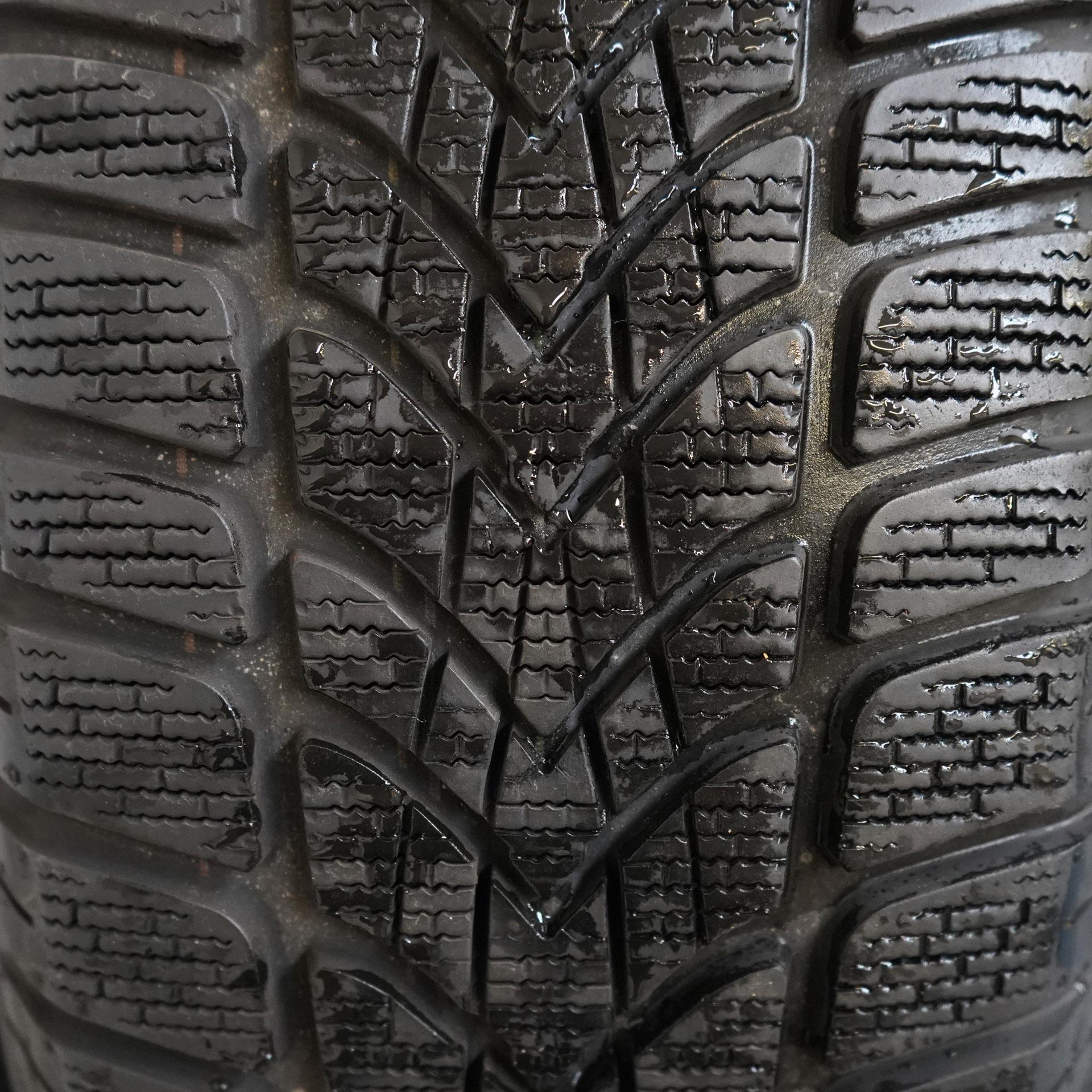 Audi A4 Gebrauchter 16 Zoll Original Audi Winterkomplettrad-Satz Dunlop