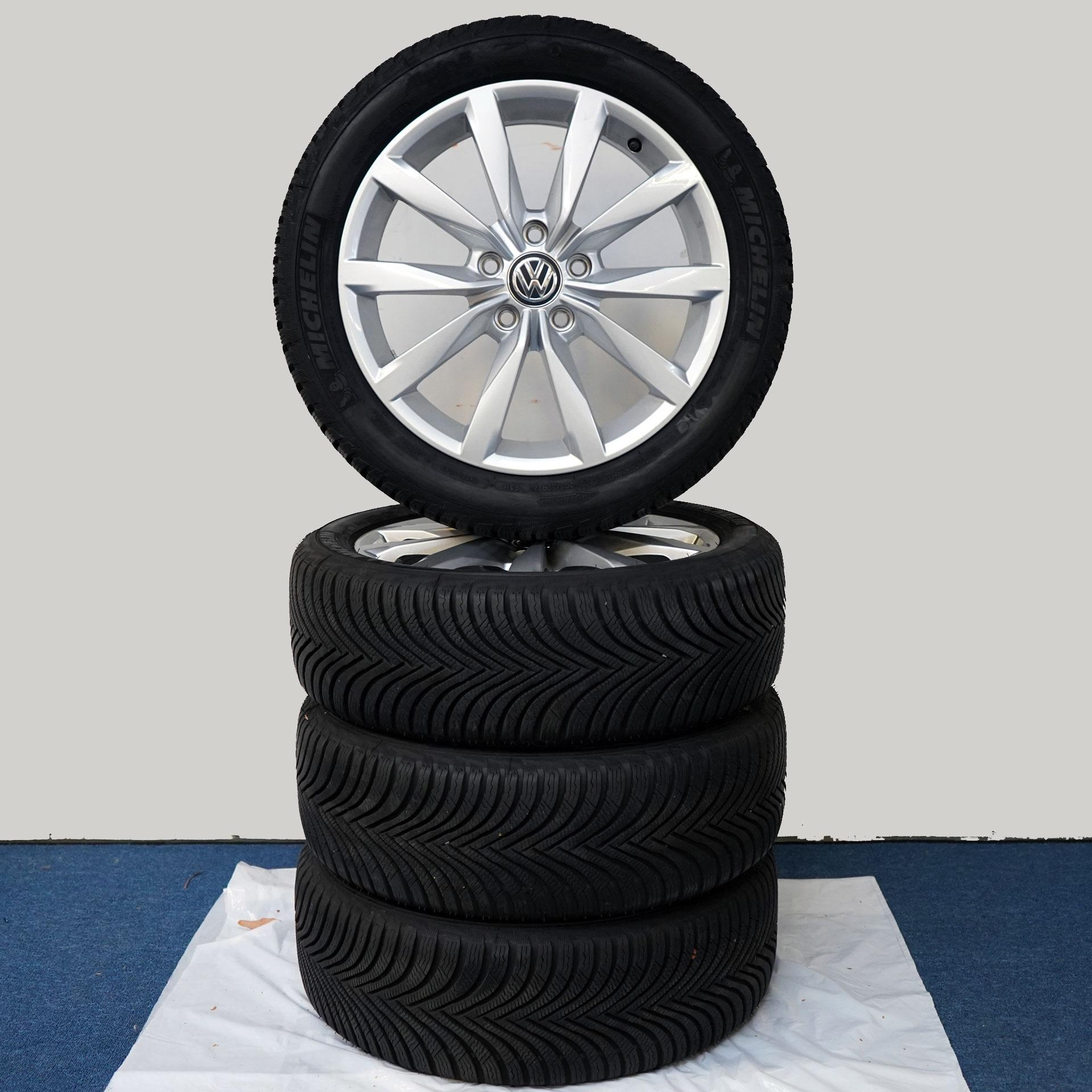 Gebrauchter 17 Zoll Original Volkswagen Winterkomplettrad-Satz VW Golf / Golf GTI Michelin