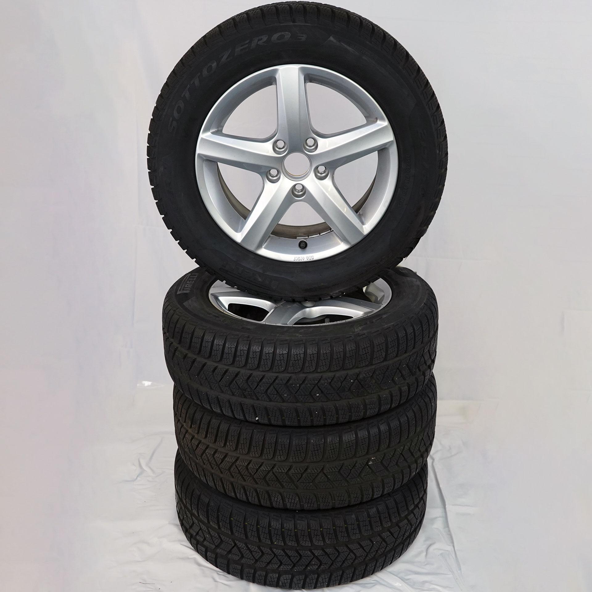 Gebrauchter 16 Zoll Original Volkswagen Winterkomplettrad-Satz VW Golf VII Pirelli