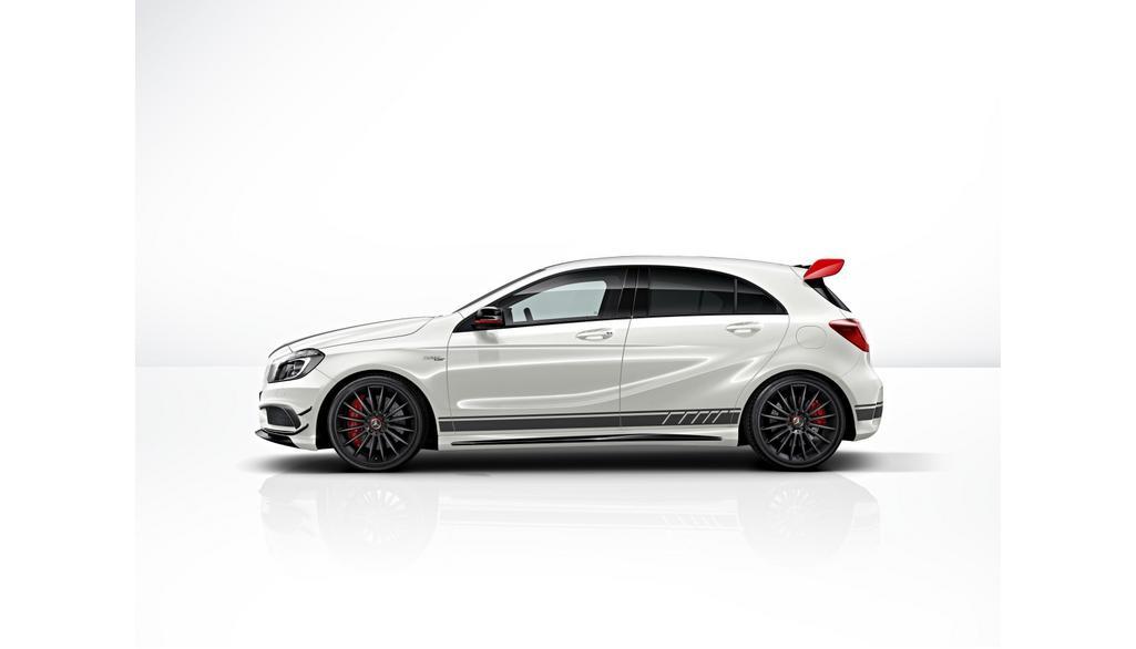 Mercedes-AMG A-Klasse W176  Sportstreifen-Paket Seite ohne Heckschürze