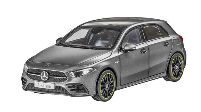 Modellauto 1:18 Mercedes-Benz A-Klasse