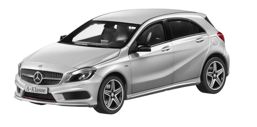 Mercedes-Benz A 250 Sport Modellauto 1:18