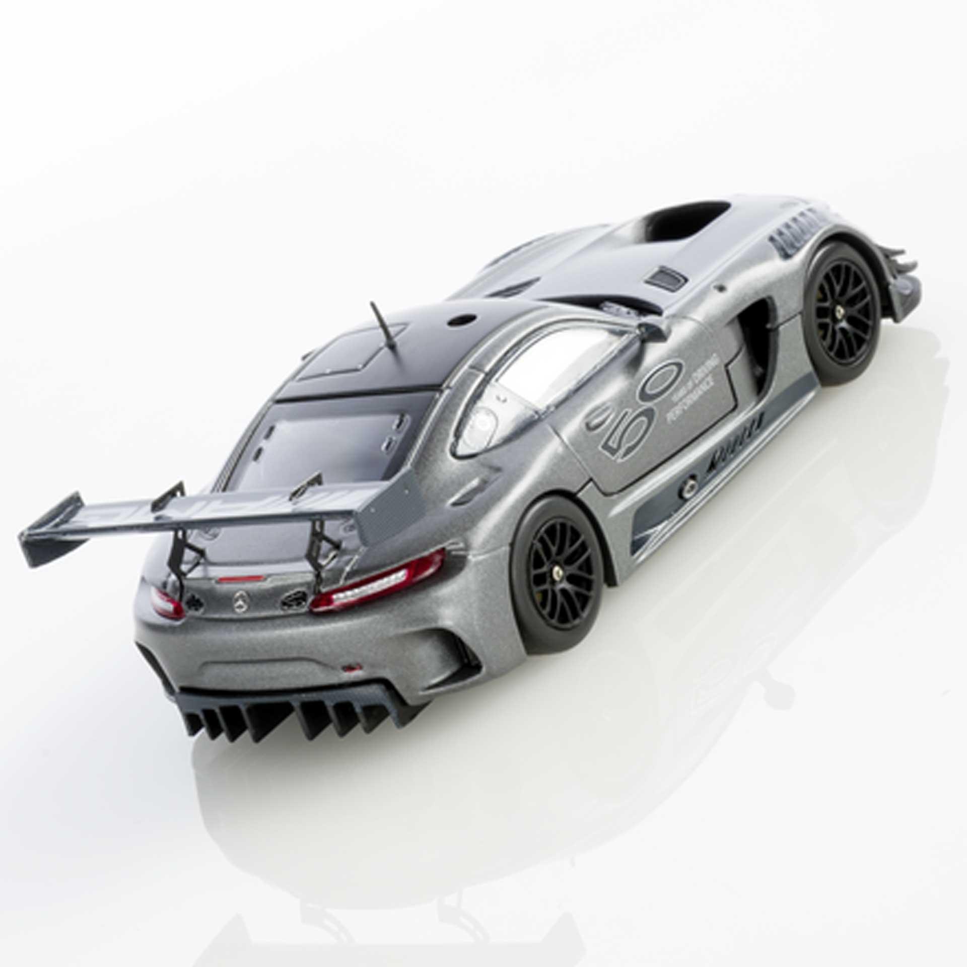 Mercedes-AMG Modellauto GT3 50 Jahre AMG 1:43