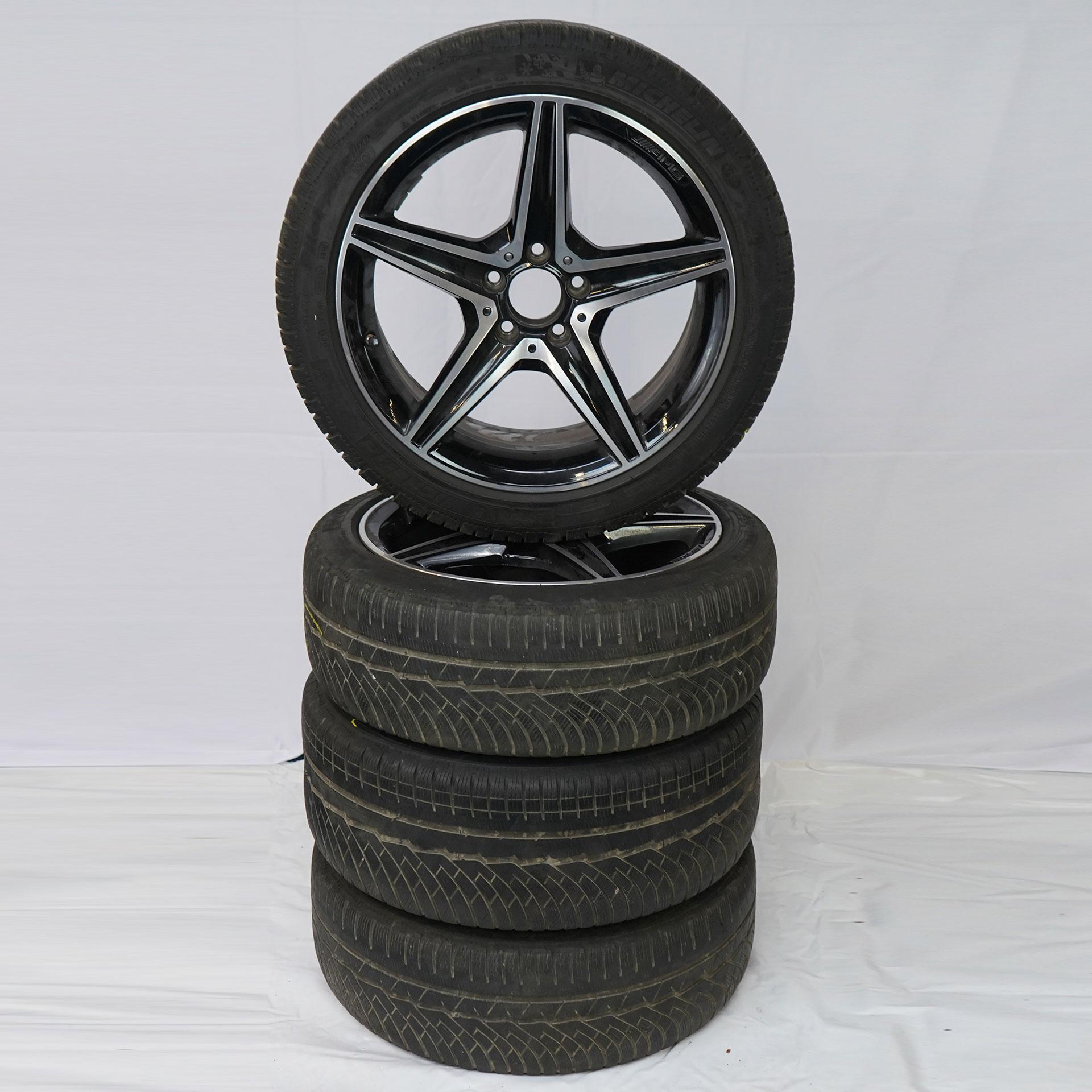 C-Klasse (205) Gebrauchter 18 Zoll Original Mercedes-AMG Winterkomplettrad-Satz Michelin