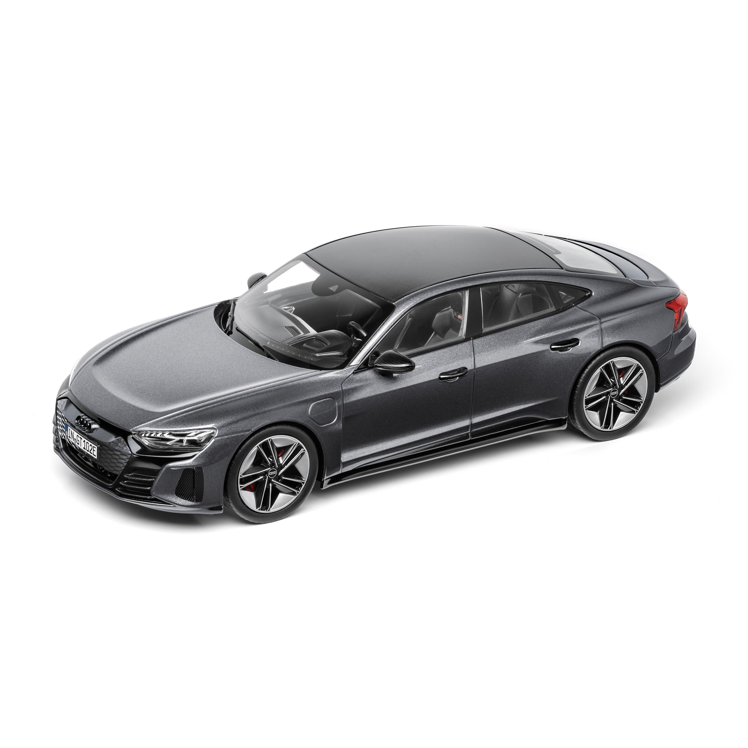 Audi RS e-tron GT Daytonagrau Modellauto 1:18