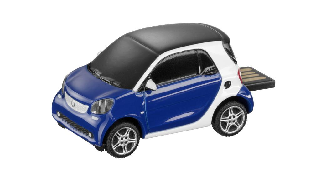 smart USB-Stick 8 GB in Form eines smart fortwo