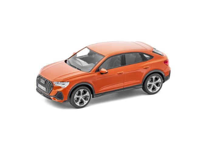 Audi Q3 Sportback Modellauto Pulsorange 1:43
