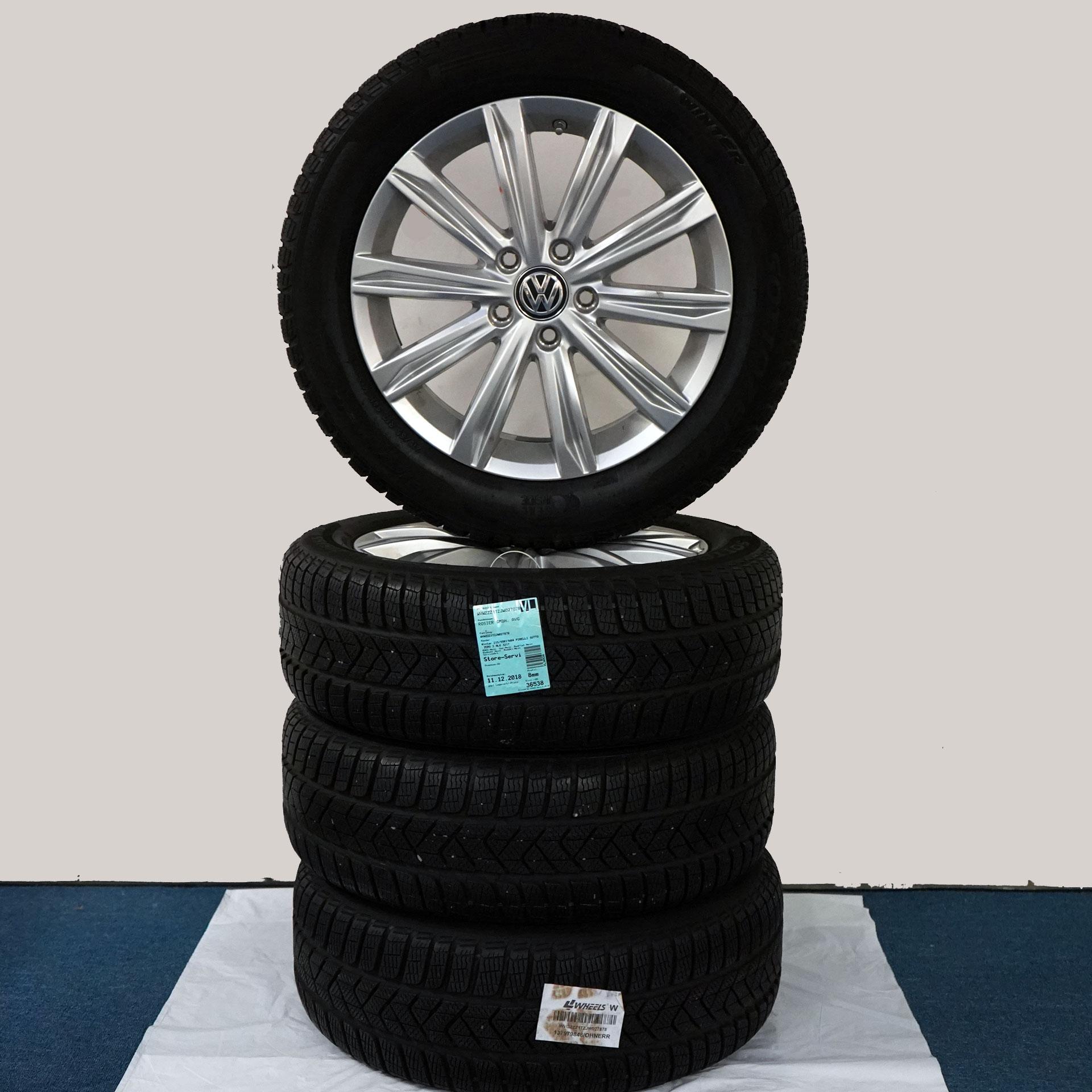Gebrauchter 17 Zoll Original Volkswagen Winterkomplettrad-Satz VW Touran Pirelli