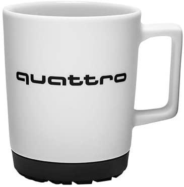 Audi quattro Tasse weiß/schwarz Porzellan mit Reifenspur-Silikonpad