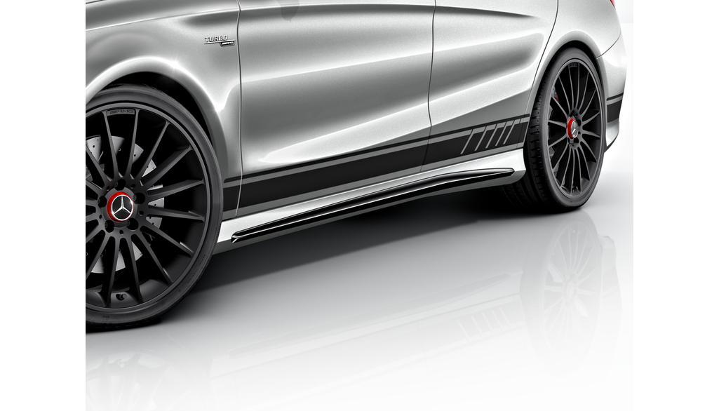 Mercedes-AMG CLA Coupe C117 Sportstreifen-Paket Seite ohne Heckschürze